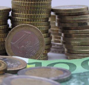 Vor Und Nachteile Des Finanztourismus Geld Anlegen Im Ausland
