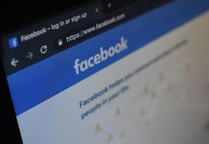 Facebook: Kritik wegen Falschinformationen (Foto: unsplash.com, Kon Karampelas)
