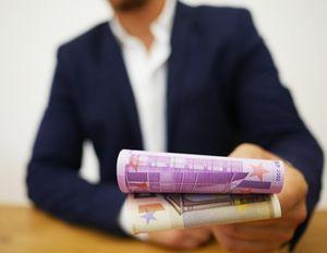 Kredit: Euro-Banken werden strenger (Foto: pixabay.com, Raten-Kauf)