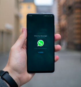 WhatsApp: Senden von stummen Videos (Foto: unsplash.com, Mika Baumeister)